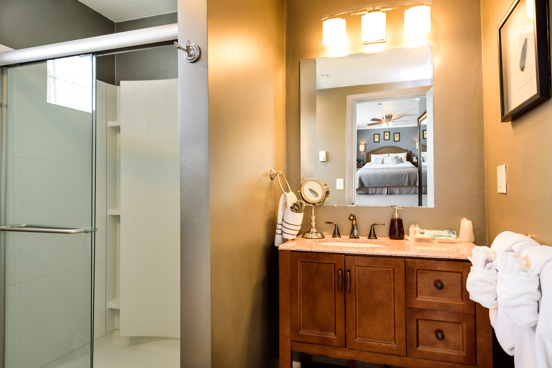 Inn-Room-12-and-Bathroom-20180402-038-Edit-1
