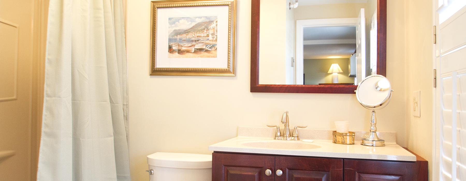 Room-3-Lilac-Bath