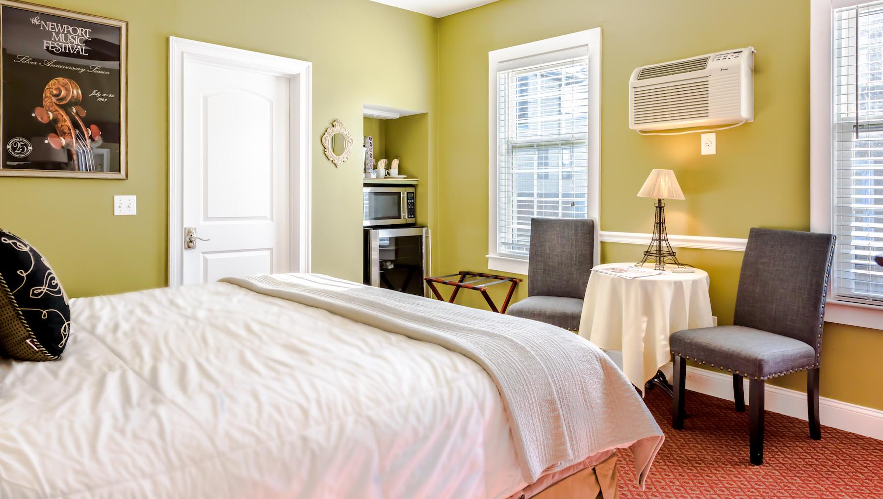 Inn-Room-8-and-Bathroom-20180501-083-Edit-1